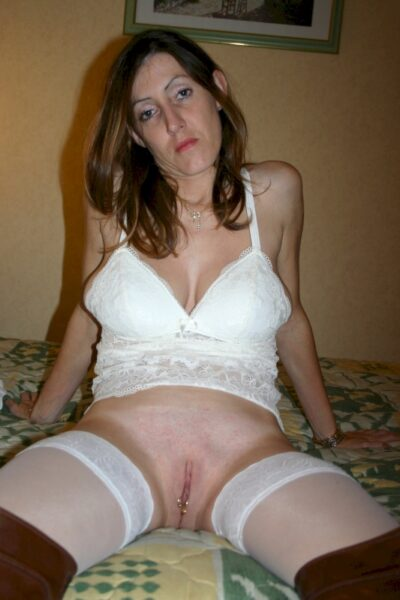 Femme mature coquine dominatrice pour mec docile