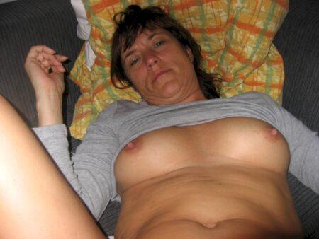 Très belle femme seule qui cherche un bon plan cul pour un soir